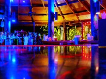 "Hardroc's favorite bar called the ""Carambola"""