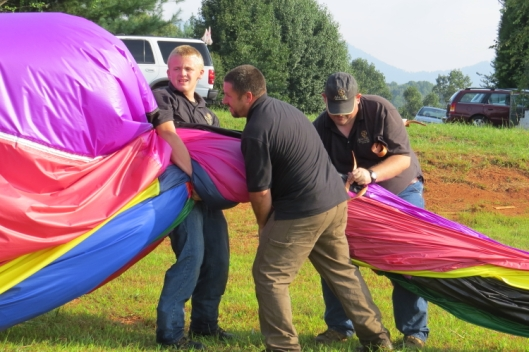 These guys are good! 15 minutes after landing everything was stowed away. Incredible!